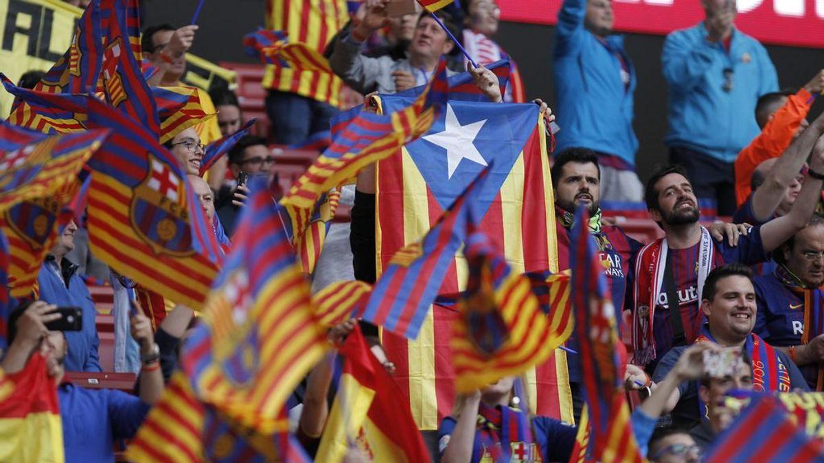 El vídeo viral de cómo un periodista es agredido por aficionados del Barça en el Wanda Metropolitano