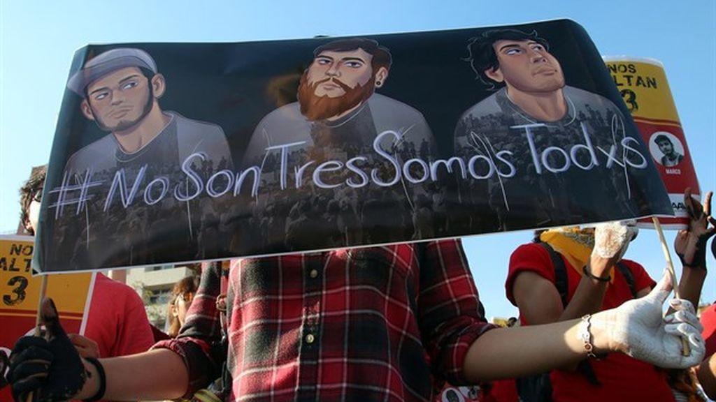 Los tres estudiantes desaparecidos en Jalisco fueron asesinados y disueltos en ácido