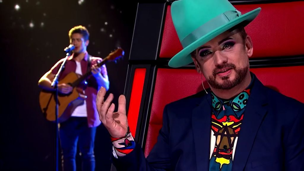 El cantante Boy George, durante la actuación de Oskar Proy en 'The voice Australia'.