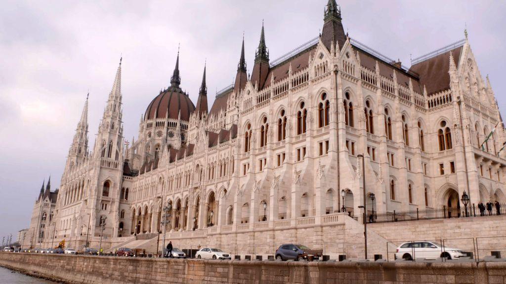 budapest-(6).jpg_5adf030c36cd6