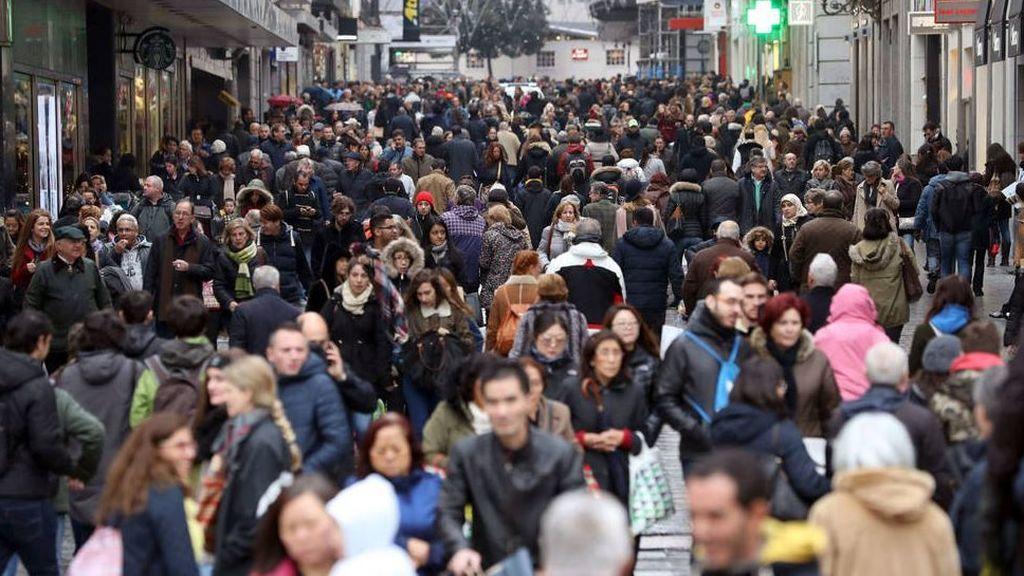 La población española crece por primera vez en 5 años hasta los 46,6 millones por los extranjeros
