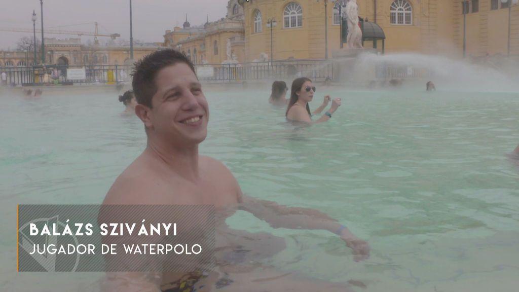 ¿Te atreverías a bañarte a -15 grados? En Budapest puedes hacerlo