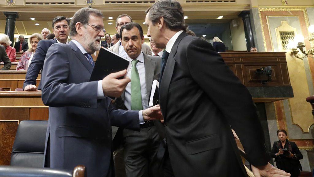 'Génova' cree que Cifuentes debe dejar también la Presidencia del PP de Madrid