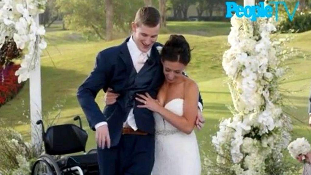 Logra acompañar a su mujer el día de su boda tras quedar parapléjico jugando al fútbol americano