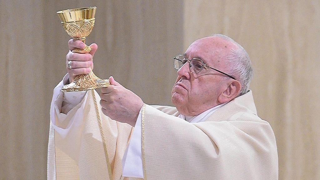 """El Papa se muestra """"profundamente afectado"""" por la muerte del bebé Alfie Evans"""