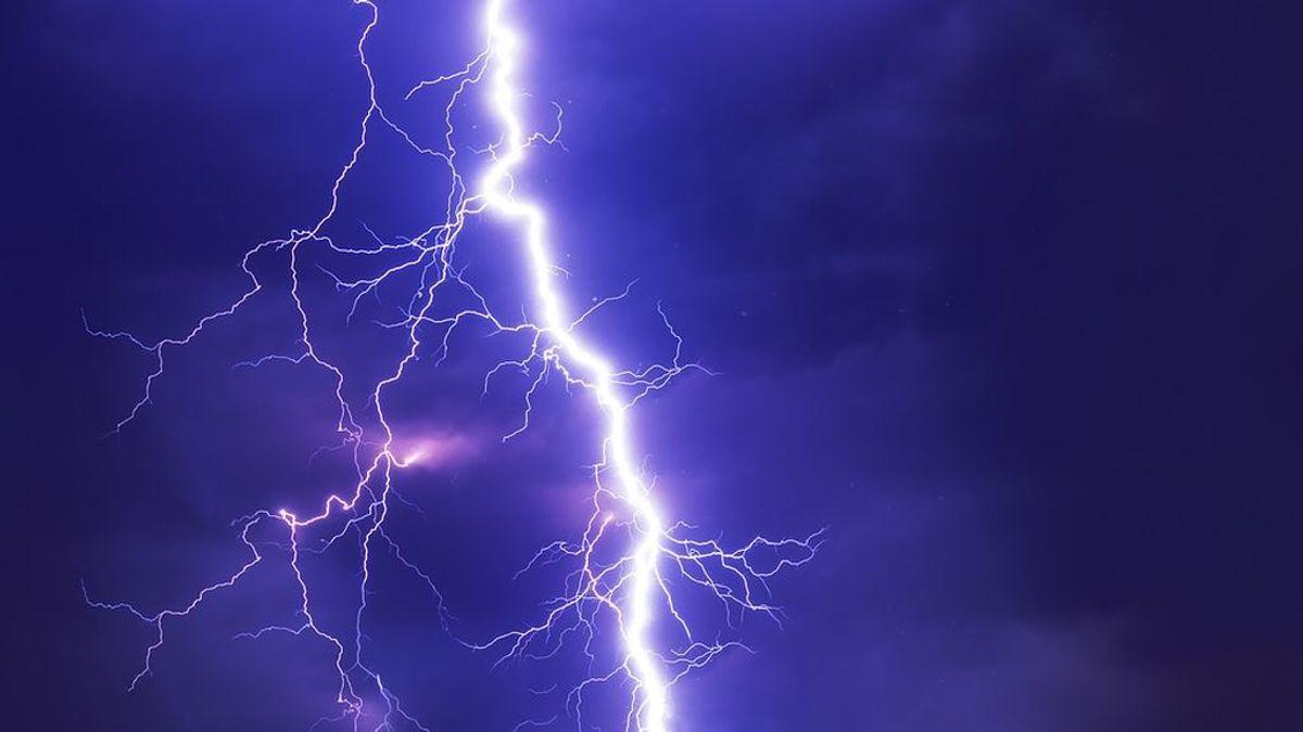 Un fuerte temporal en el sur de la India provoca 37 mil rayos en 13 horas