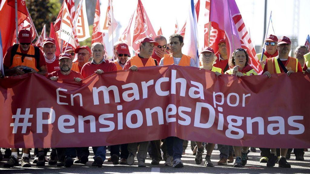Día Internacional del Trabajo:  Marchas en toda España para pedir mejores salarios y  pensiones dignas
