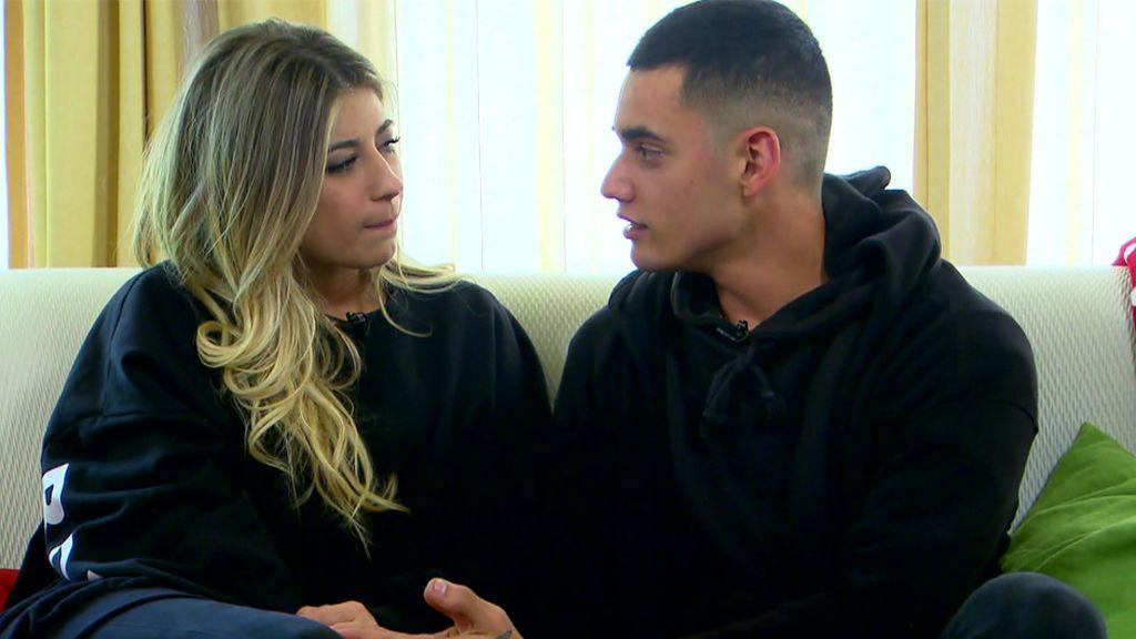 """Alex, a Sophie: """"Creo que lo tuyo con Javi se ha quedado estancado y lo único que os dais son besos"""""""