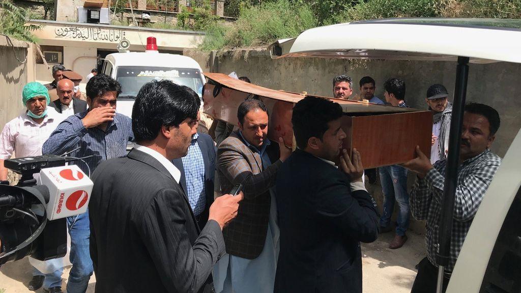 Mueren once civiles en un atentado suicida contra un convoy de la OTAN en Afganistán