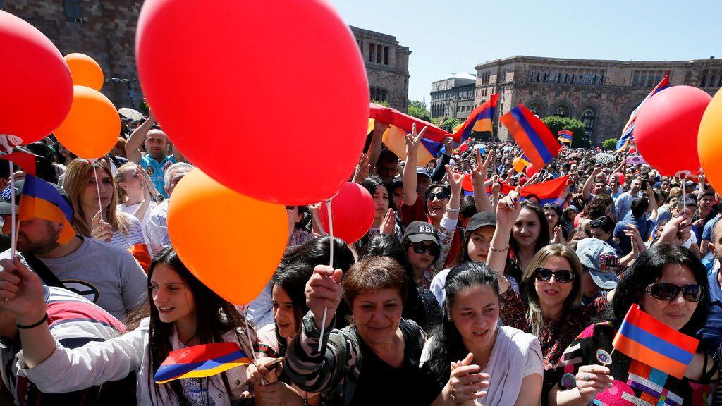 Protesta en Armenia a favor del líder de la oposición Nikol Pashinyan
