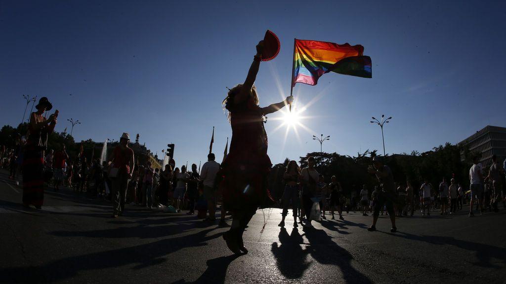 Una pareja de transexuales denuncia una agresión por un vecino en Torremolinos