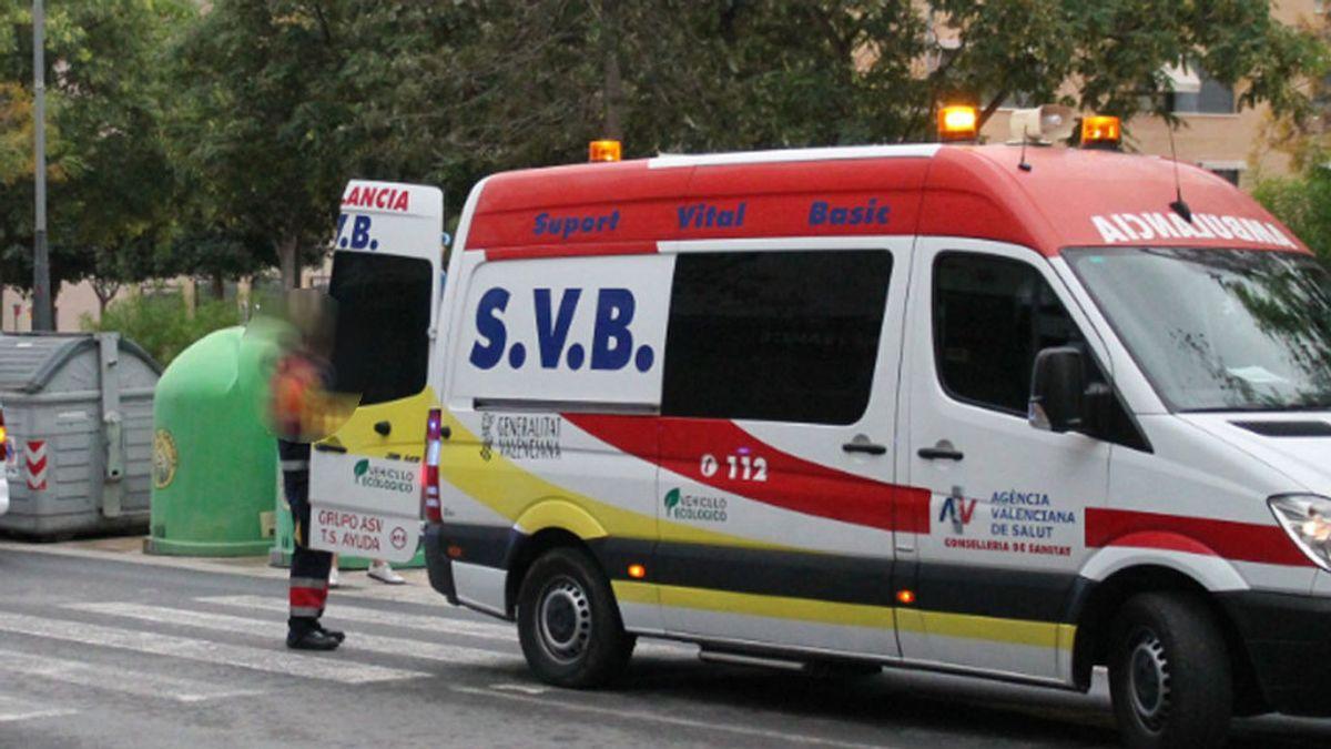 Abandonan a un herido en la cuneta cuando era trasladado en una ambulancia a un hospital de Benidorm