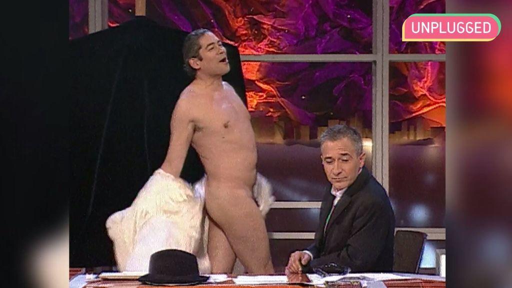 Todas las veces que a Boris le molestaba la ropa en 'Crónicas Marcianas'