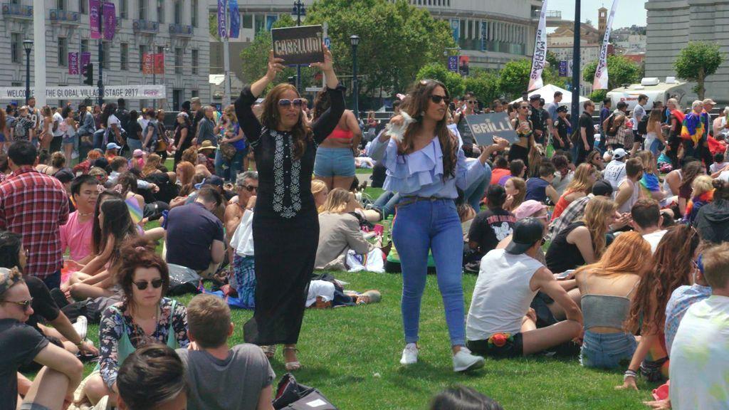 Raquel y Noemí Salazar protagonistas de 'Los gipsy kings', en su viaje a San Francisco.