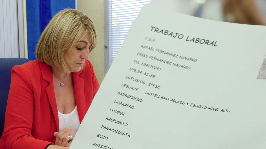Fali y Kiki entregan su currículum conjunto, la funcionaria se queda sin palabras y encuentran trabajo ¡en un hotel!