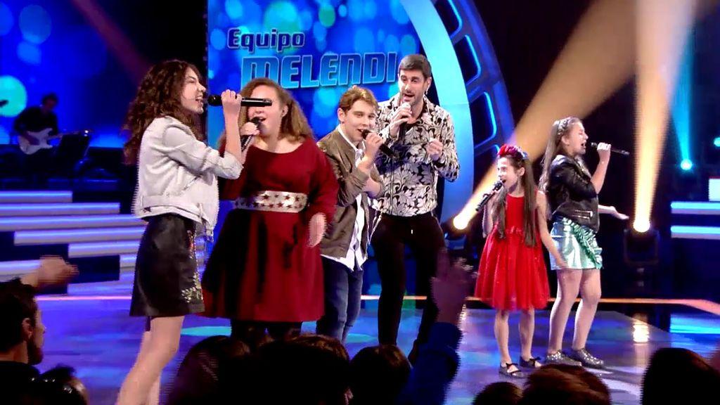Los 'coaches' cantan con sus cinco semifinalistas en 'La voz kids'