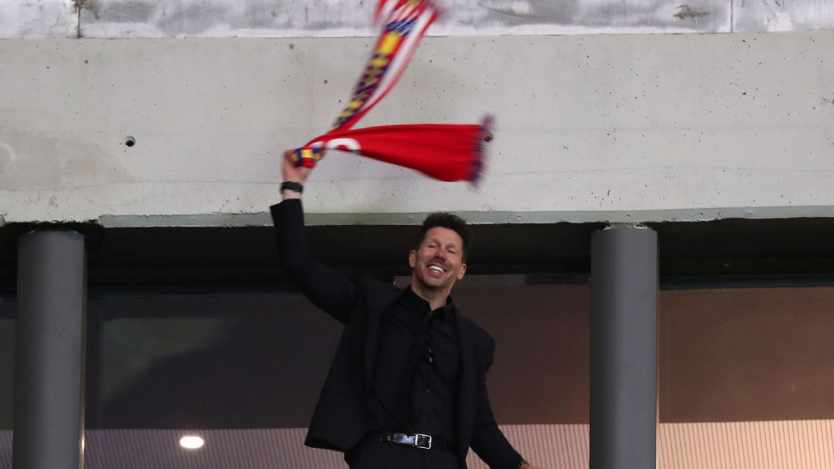 Bufanda en mano y saltando como un hincha más: la celebración de Simeone desde el palco del Metropolitano