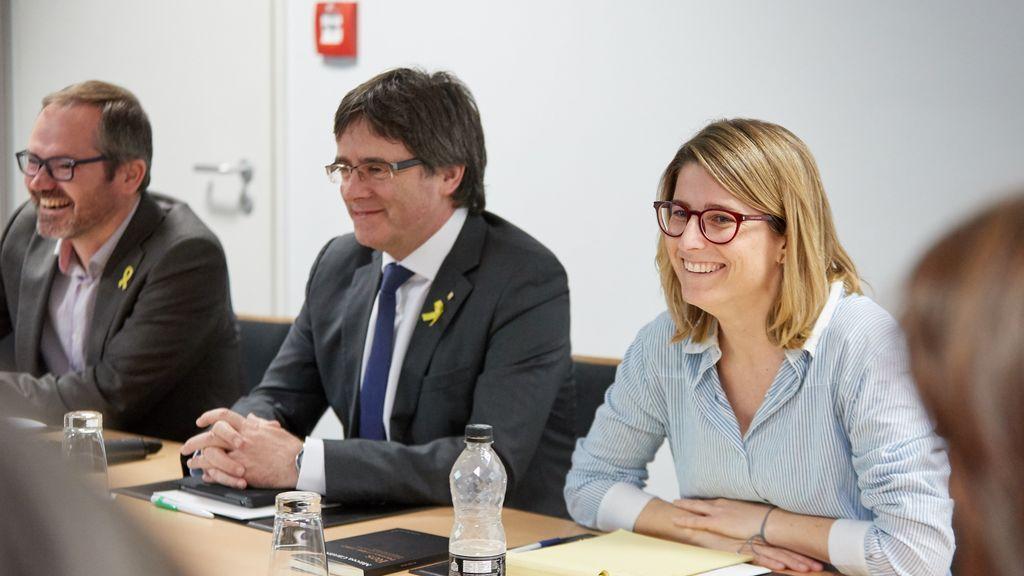 JxCat propone investir a Puigdemont como president antes del 14 de mayo