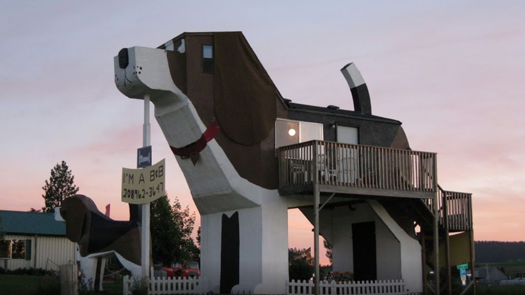 El reclamo turístico de una ciudad, un curioso hotel con forma de ... ¡perro!