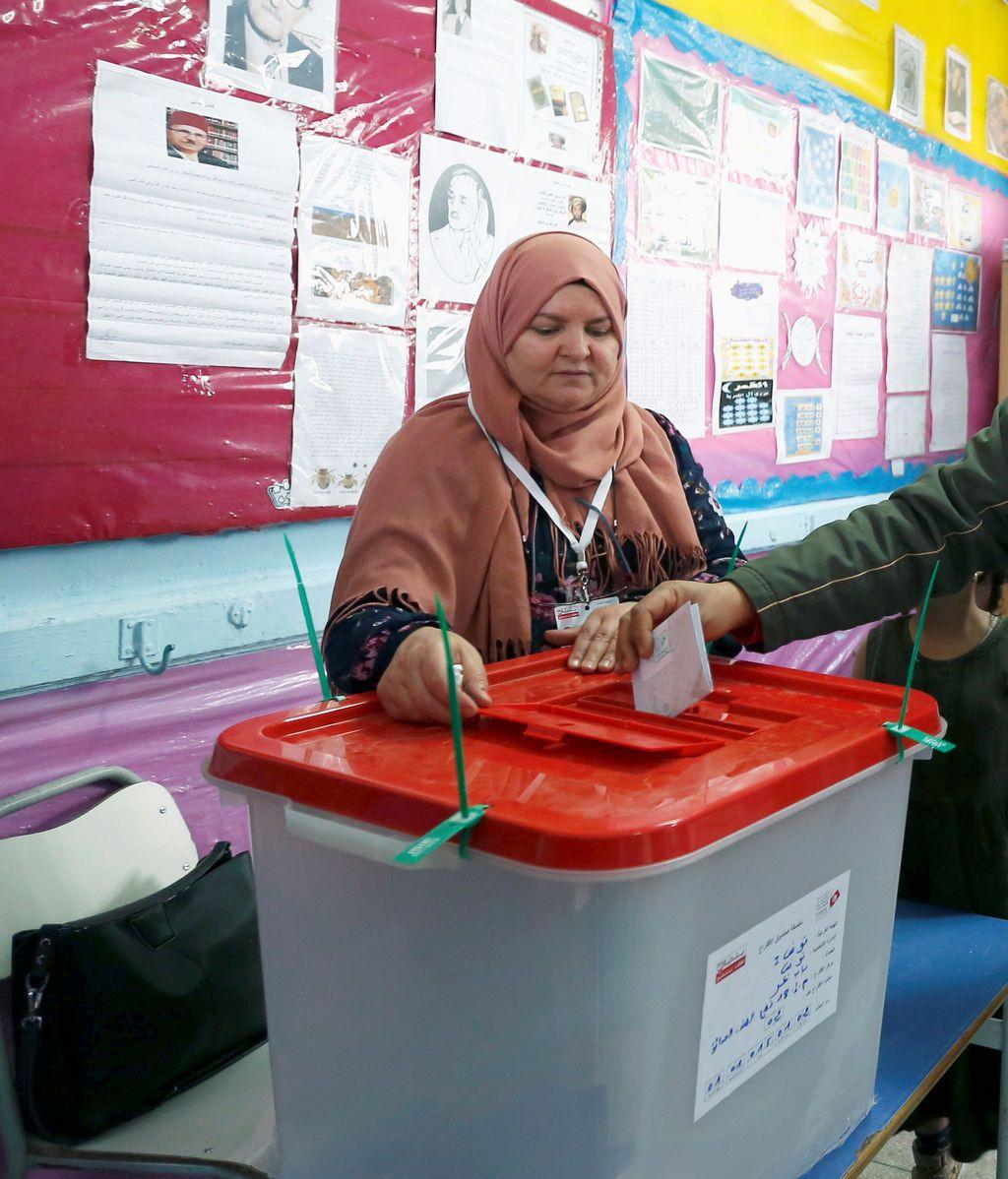 Túnez celebra las primeras elecciones municipales desde la caída de Ben Alí en 2011