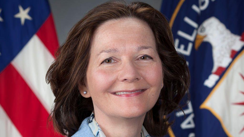 La directora de la CIA nombrada por Trump ofrece retirarse del cargo ante las críticas por su pasado