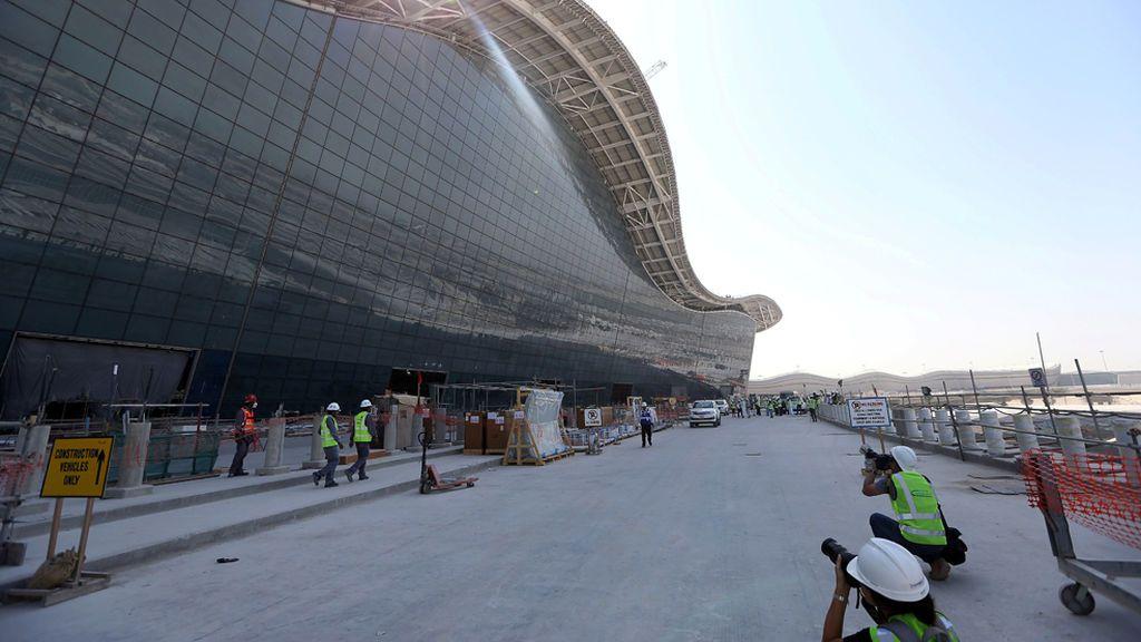 Retenidos cuatro ingenieros españoles en Emiratos Árabes, denunciados por una empresa del país