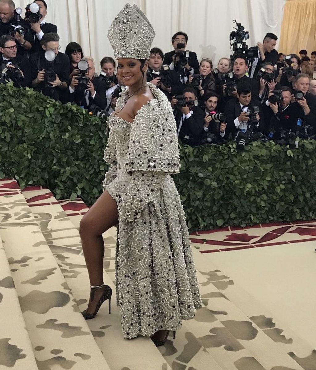 Rihanna o la primera polémica de la noche