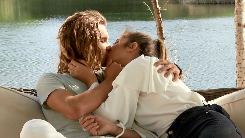 Cita Sophie y Víctor: La tronista tenía algo que decirle muy importante...