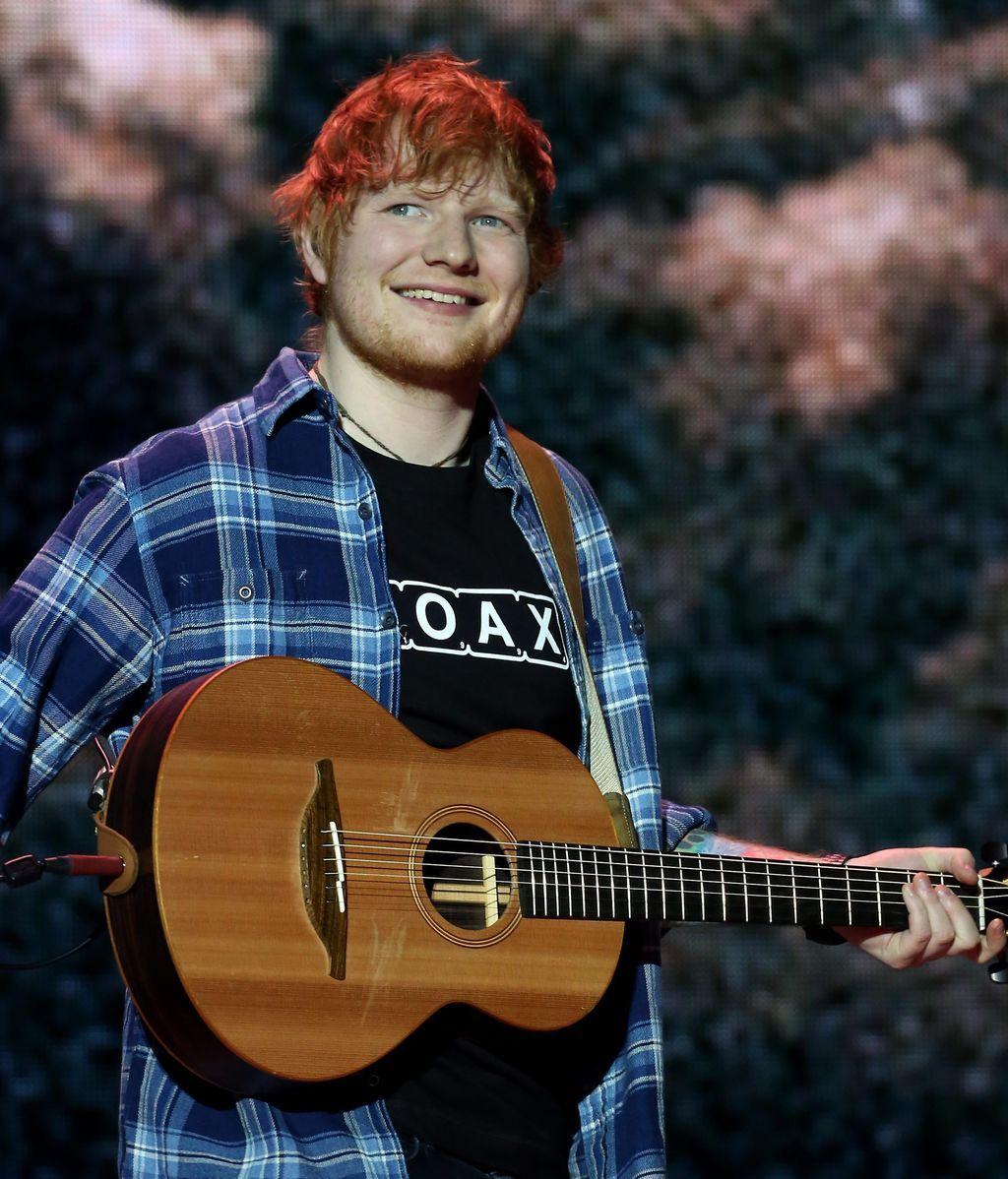 Sufre parálisis tras caerse desde una altura de 30 metros para ver a Ed Sheeran