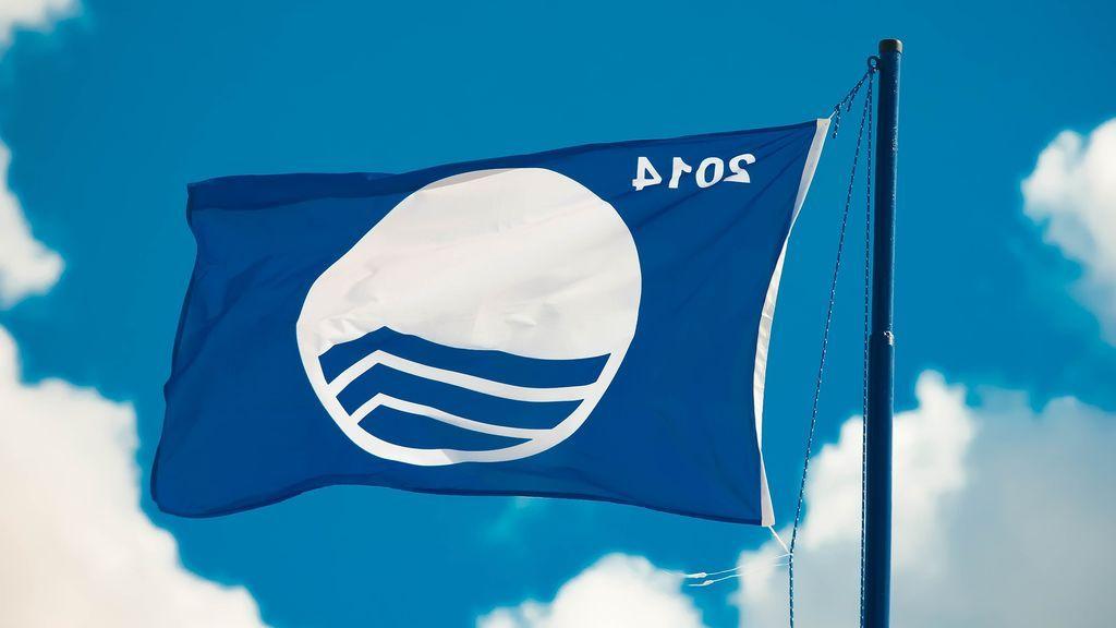 El galardón de Bandera Azul llega a la playa de Madrid: esto es todo lo que cumple