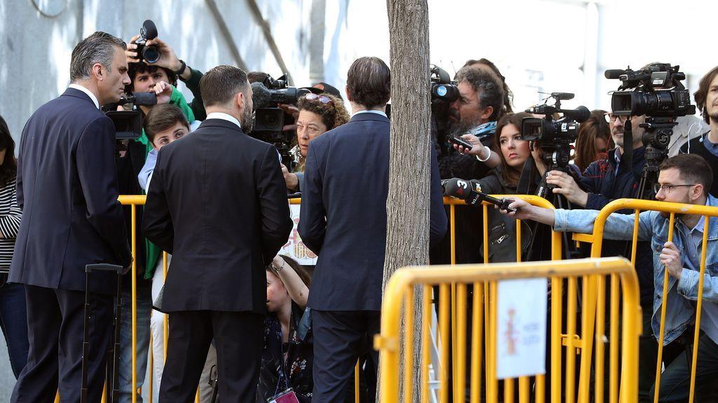 VOX se querella contra Torrent y pide su ingreso en prisión por tramitar la ley para investir a Puigdemont