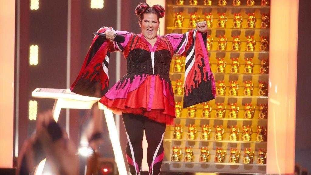 Actuación de la representante de Israel, durante la primera semifinal de Eurovisión 2018.