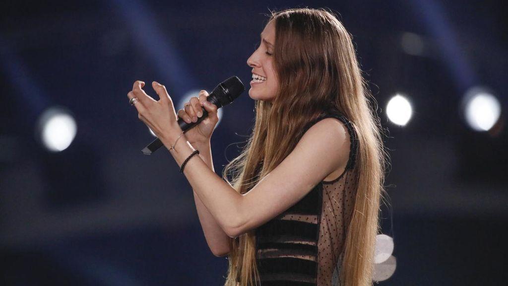 Actuación de la representante de Bélgica, durante la primera semifinal de Eurovisión 2018.