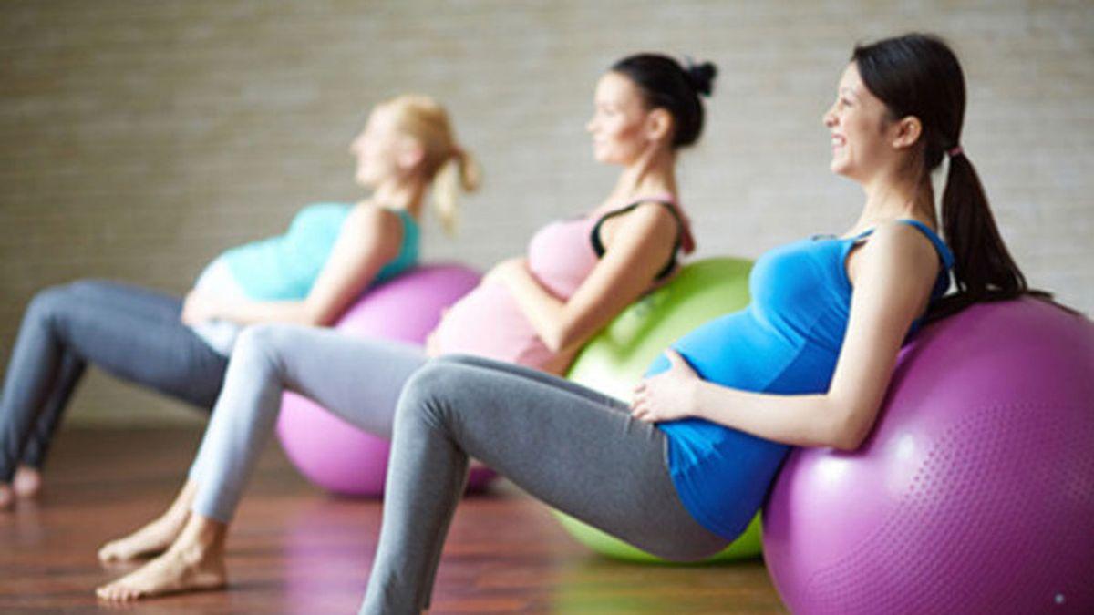 Realizar ejercicio físico moderado durante el embarazo reduce la duración del parto