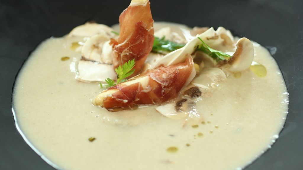 Sopa de champiñones: Ingredientes y receta