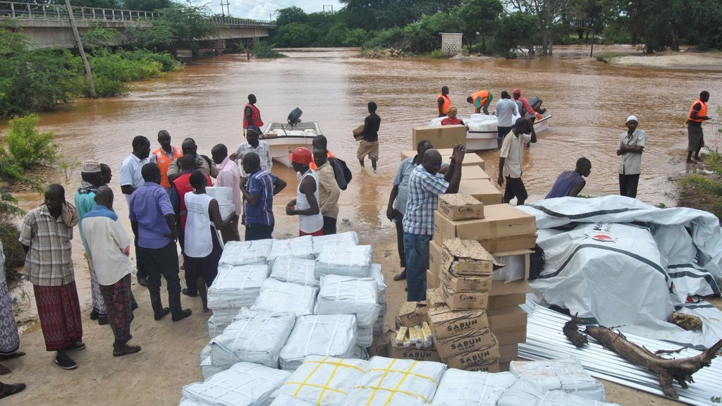 Al menos 21 muertos por la rotura de una presa en el sur de Kenia