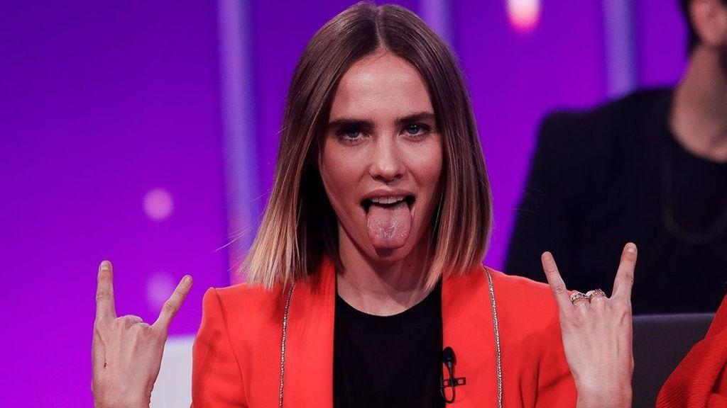 Brisa Fenoy autora de la adaptación de la canción 'Lo malo' interpretada por Aitana y Ana Guerra.