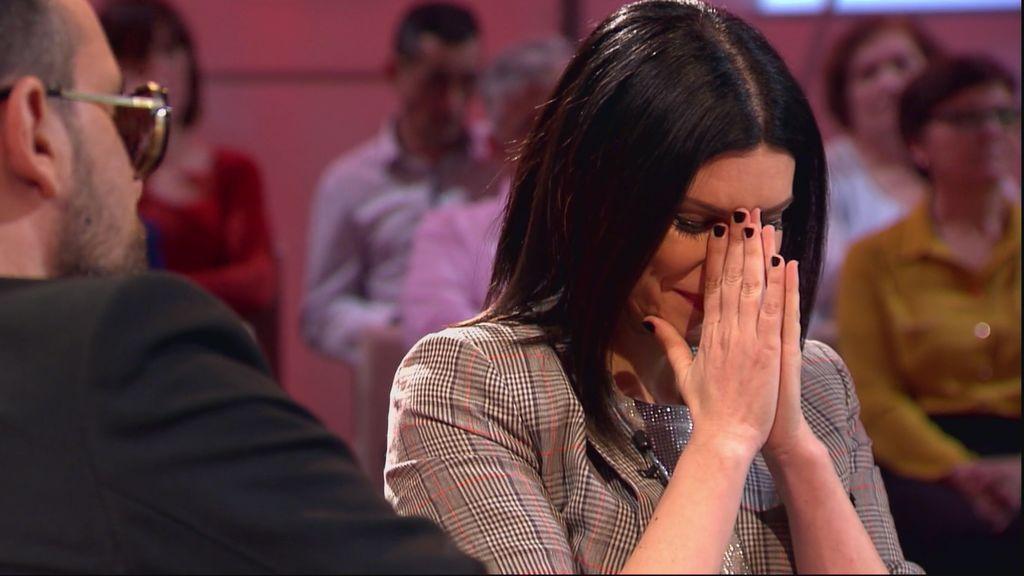 """Laura Pausini rompe a llorar: """"Mis padres son muy buenas personas, espero que mi hija diga lo mismo de mí"""""""