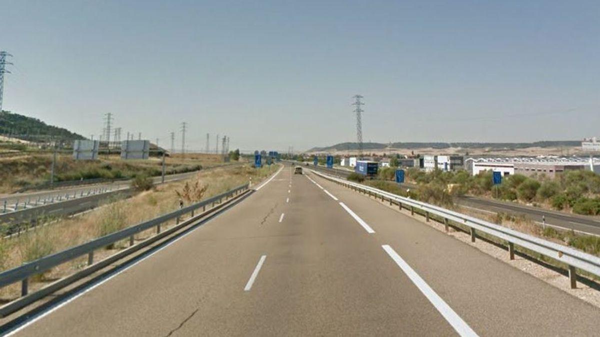 Dos personas heridas graves y una yegua muerta en un accidente en Palencia