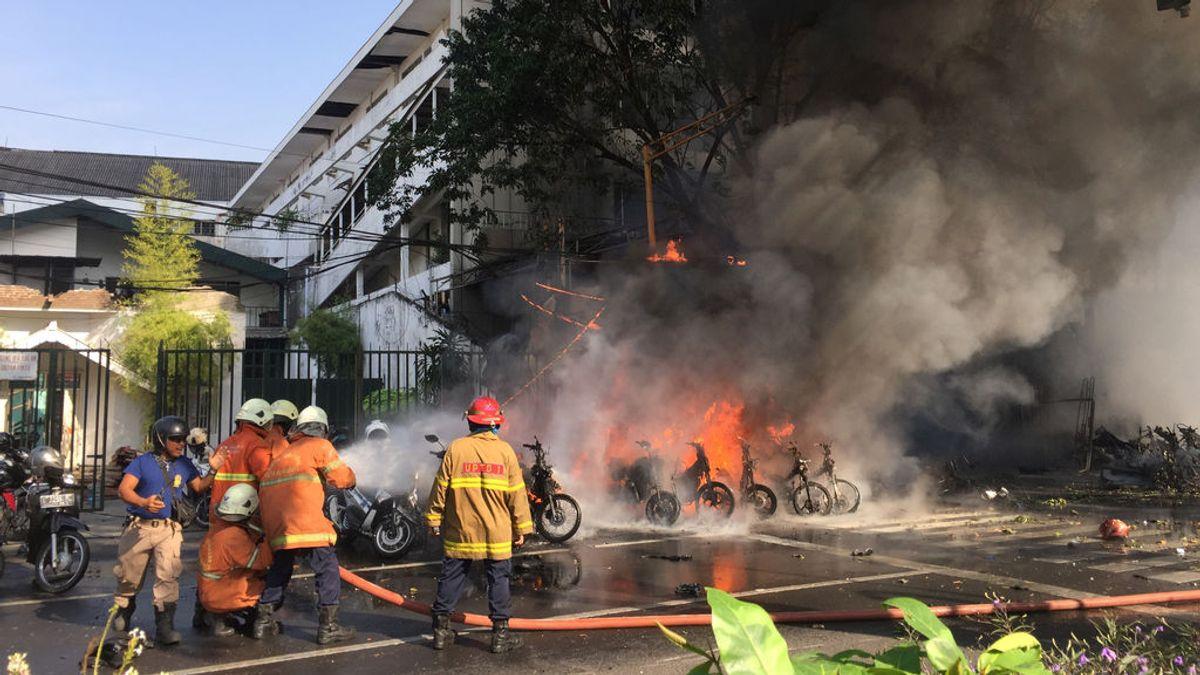 Nueve muertos y 40 heridos por una cadena de ataques suicidas en Indonesia