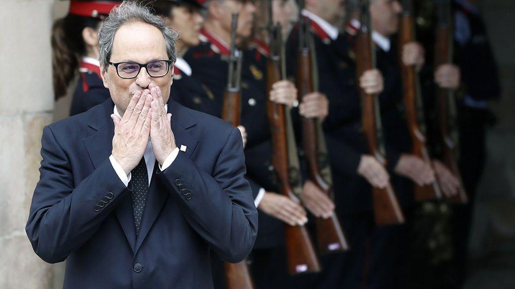 """Quim Torra promete investir a Puigdemont: """"Viva Cataluña libre"""""""