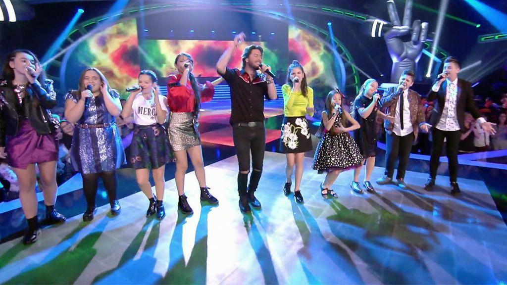 Los finalistas de 'La Voz Kids 4' interpretan junto a Manuel Carrasco 'Yo quiero vivir'