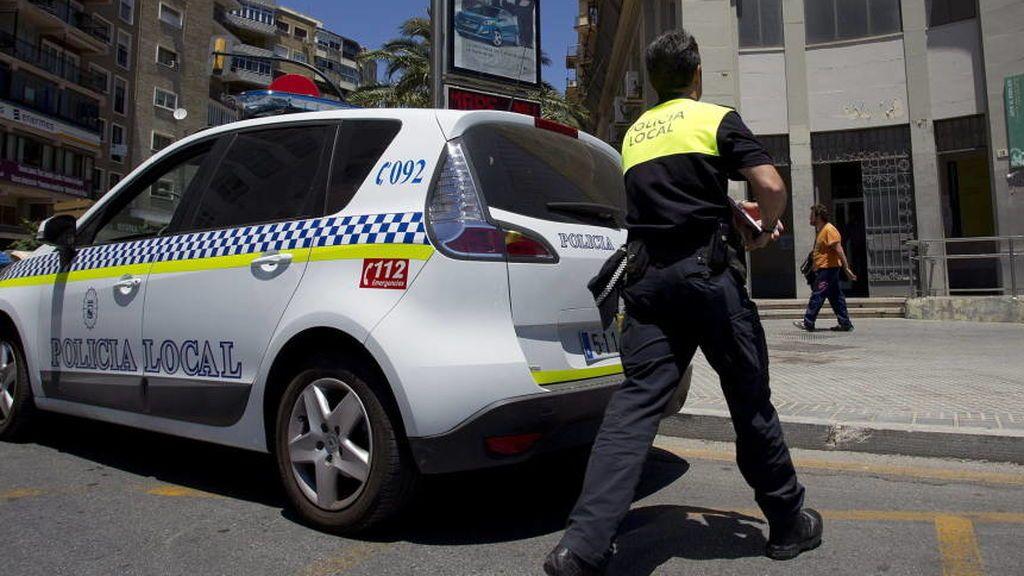 Detenido un joven de 19 años tras apuñalar en el cuello a otro en Málaga