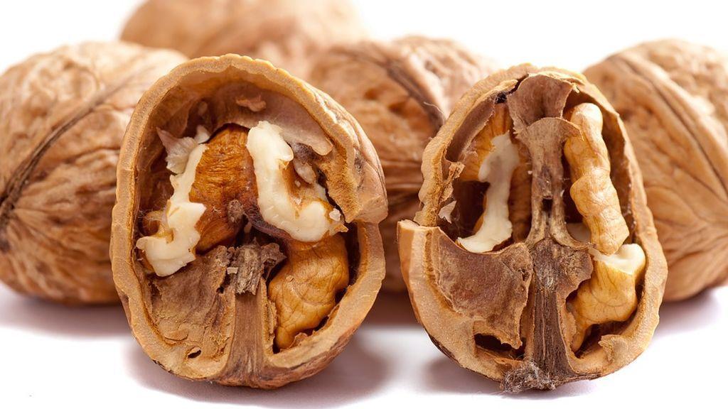 Nueces: el fruto seco que más alergia causa a los niños españoles