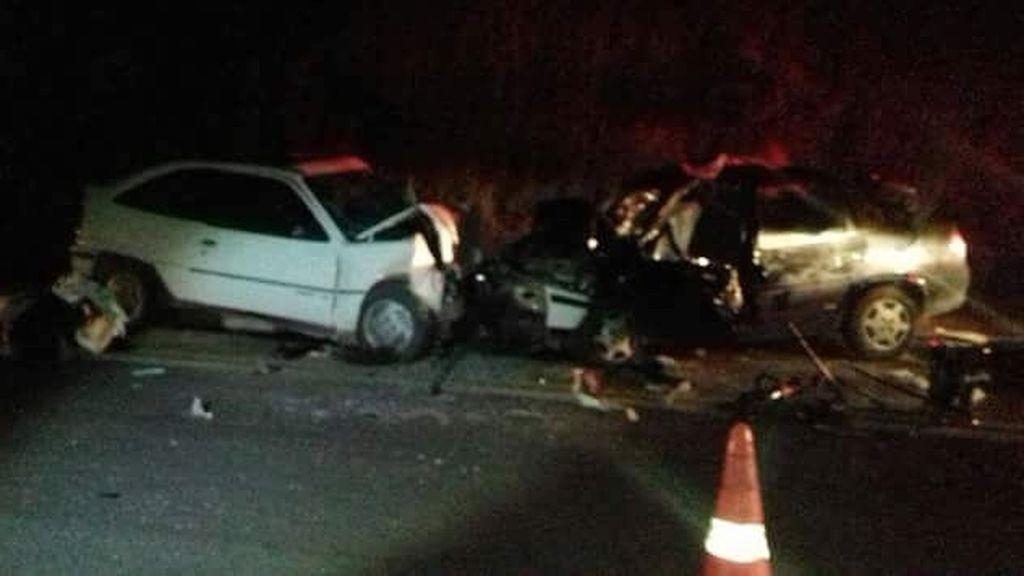 acidente-carros