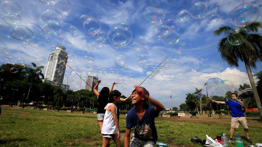 Juegos en las calles de Filipinas