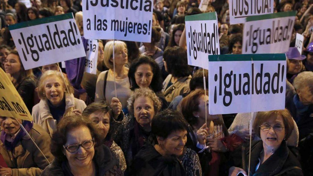 No Sin Mujeres: académicos españoles se niegan a participar en eventos en los que no haya expertas