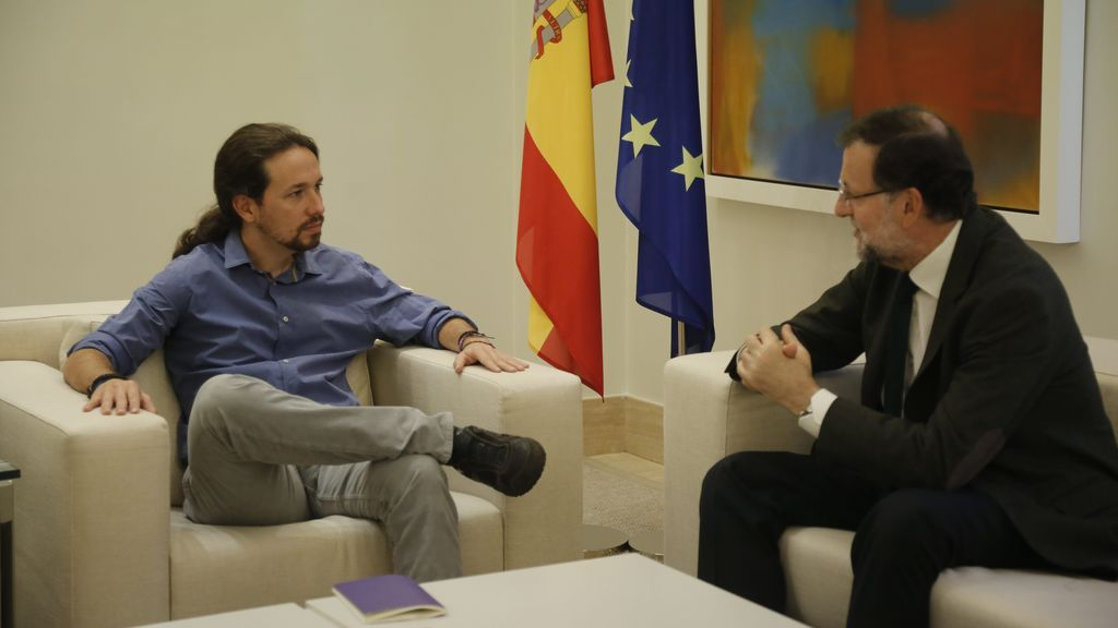 Rajoy e Iglesias acuerdan reunirse próximamente para tratar la situación de Cataluña