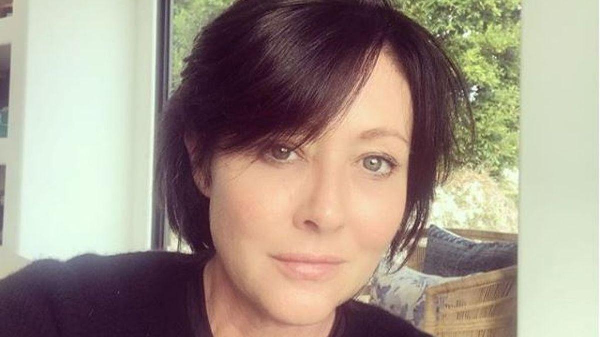 La actriz Shannen Doherty se reconstruye el pecho después de su cáncer de mama
