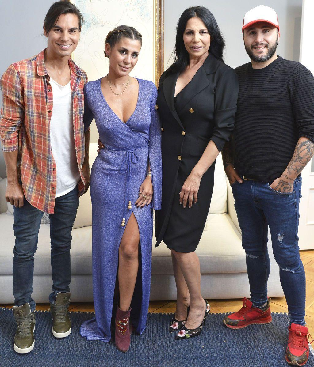Elena Tablada, Kiko Rivera, Julio Iglesias Jr y Toñi Salazar, en 'Ven a cenar conmigo: gourmet edition'